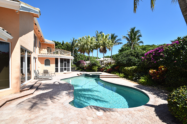 Aberdeen Way - St. Andrews Country Club - Boca Raton - Florida - Michael Bloom - Beth Bloom - Broker Associates - Homes for Sale