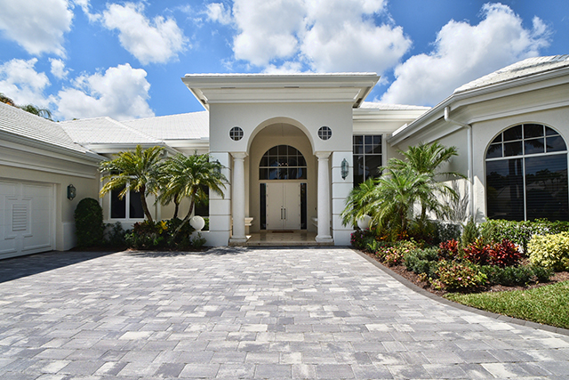 Lake Estates Drive - St. Andrews Country Club - Michael Bloom - Beth Bloom - Broker Associates - Boca Raton Florida