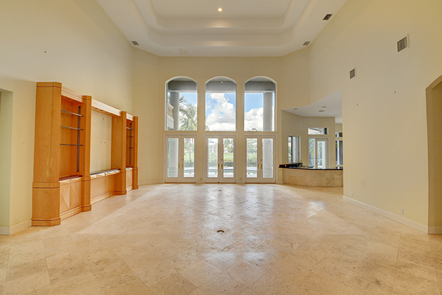 Lake Estates Drive - St. Andrews Country Club - Boca Raton - Florida - Michael Bloom - Melanie Bloom - Beth Bloom - Broker Associates - real estate - homes for sale