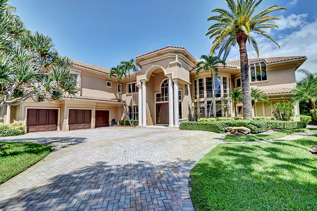 Lake Estates Drive - St. Andrews Country Club - Boca Raton - FL  - Michael Bloom - Broker Associate - Realtor - Melanie Bloom - Realtor - Homes for Sale