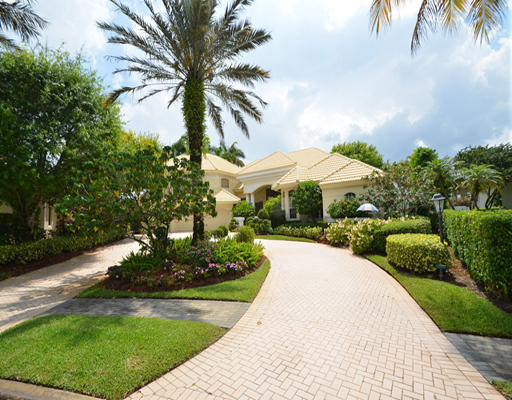 Lake Estates Court - St Andrews Country Club Boca Raton, Florida