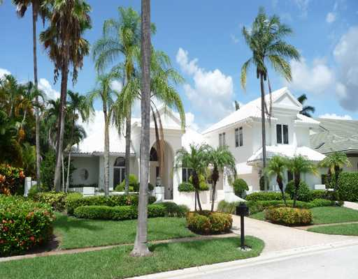 Queenferry Circle - St Andrews Country Club - Boca Raton Florida  Homes for Sale