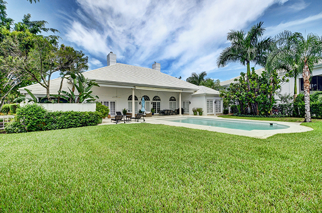 Queenferry Circle - St. Andrews Country Club - Boca Raton - Florida - Michael Bloom - Melanie Bloom - Beth Bloom - Broker Associates - Real tors - Luxury Homes for Sale