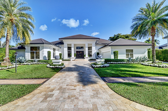 St. James Court - St. Andrews Country Club - Michael Bloom - Melanie Bloom - Beth Bloom - Broker Associates - Homes for Sale - Boca Raton - Florida