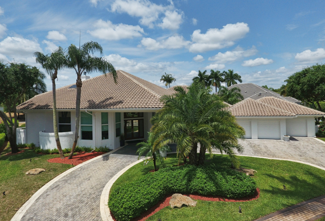 Whitehaven Dr - St. Andrews Country Club - Boca Raton - Florida